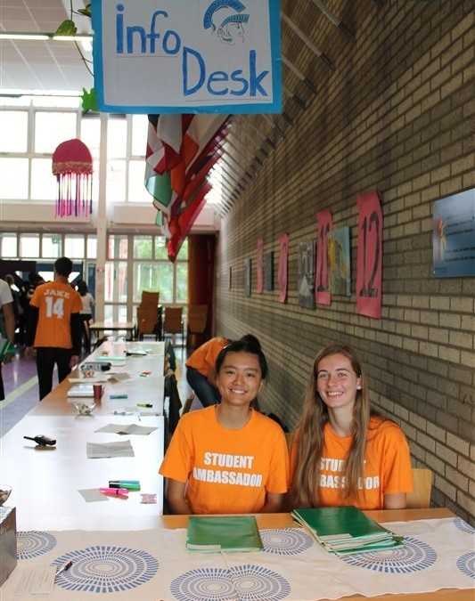 Student Volunteers on the Feel at Home in The Hague Fair Team