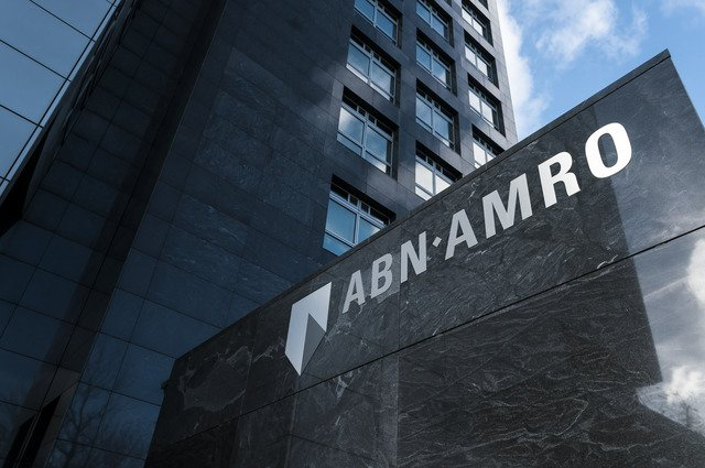 An introduction to investments by ABN AMRO